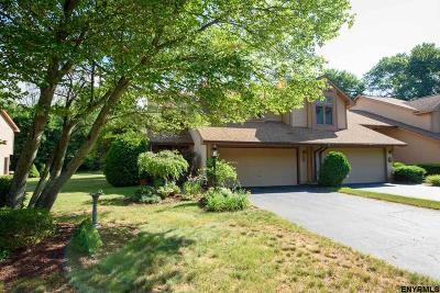 Guilderland Single Family Home For Sale: 4015 Georgetown Sq