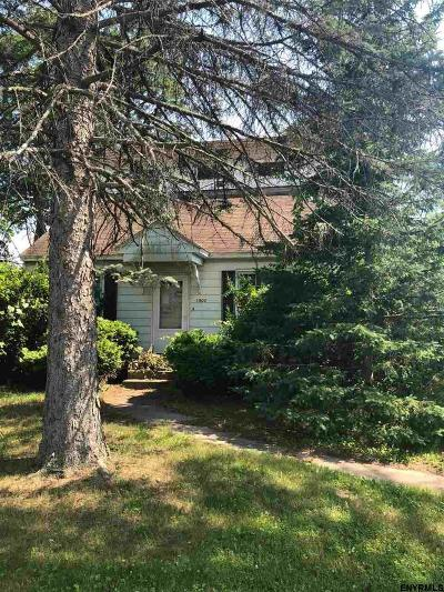 Rotterdam Single Family Home For Sale: 1003 6th St