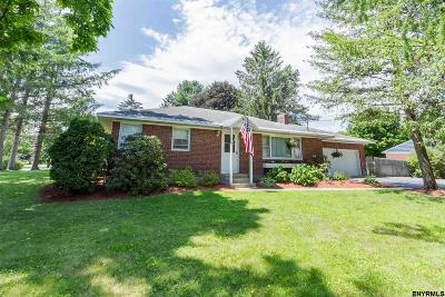 Saratoga Springs Single Family Home For Sale: 27 Kirby Rd