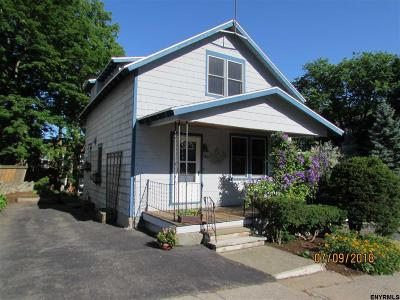 Troy Single Family Home For Sale: 140 11th St