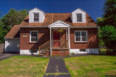 Schenectady Single Family Home For Sale: 170 Manchester Rd