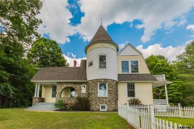 Northampton Tov, Mayfield, Mayfield Tov Single Family Home For Sale: 551 Reed St