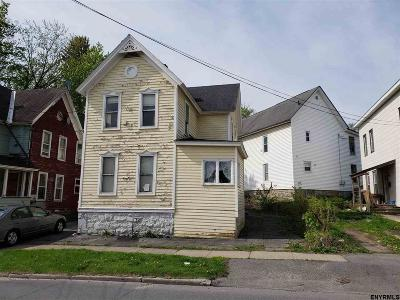 Johnstown Single Family Home For Sale: 102 E State St