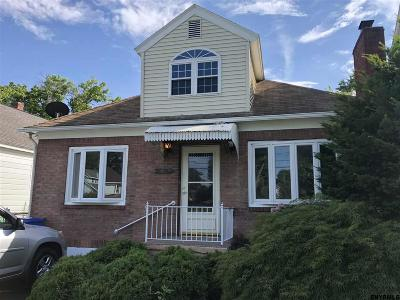 Albany Single Family Home For Sale: 158 Whitehall Rd