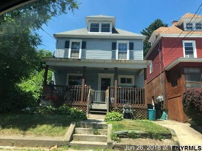 Schenectady Single Family Home For Sale: 120 Edward St
