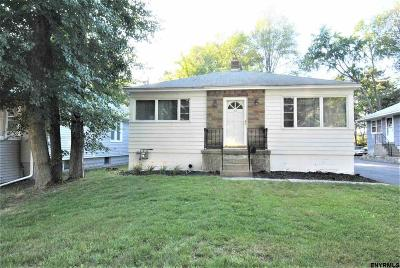 Colonie Single Family Home For Sale: 52 McNutt Av