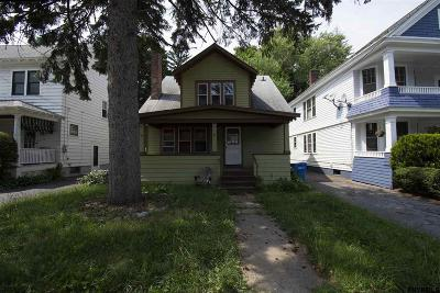 Albany Single Family Home New: 17 Oakwood St