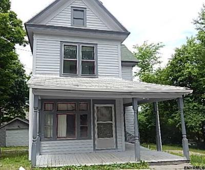 Warren County Single Family Home Price Change: 7 Ridge Av