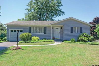Colonie Single Family Home New: 3 Cornsilk Rd