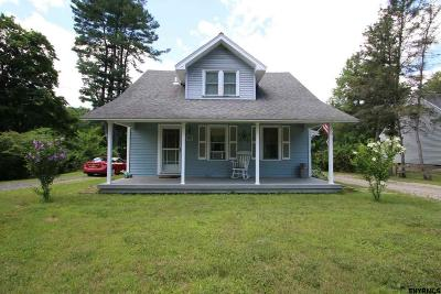 Schenectady County Single Family Home New: 91 Charlton Rd