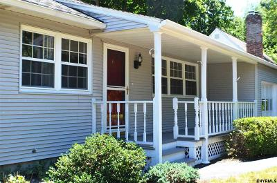 Albany County Single Family Home For Sale: 89 Southgate Rd