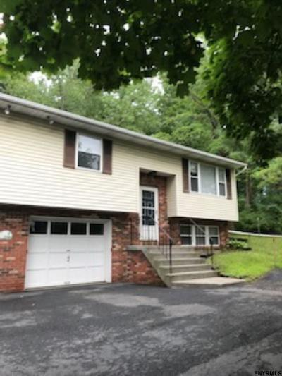 Colonie Rental For Rent: 20b Waterford Av