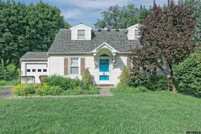 Albany County Single Family Home For Sale: 751 Elm Av