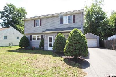 Colonie Single Family Home For Sale: 57 Rooney Av