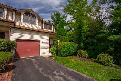 Colonie Single Family Home For Sale: 92 Surrey Hill Dr