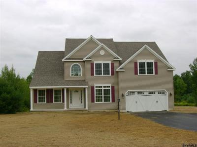 Greenfield, Corinth, Corinth Tov Single Family Home For Sale: 8 Thalia Ct