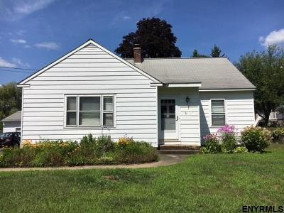 Greenfield, Corinth, Corinth Tov Single Family Home For Sale: 5 Raymond St