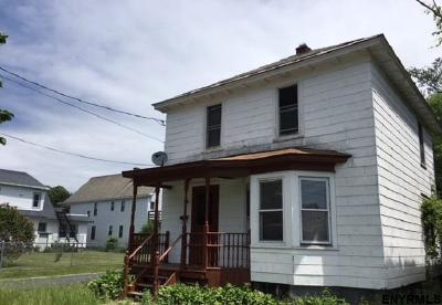 Schenectady Single Family Home For Sale: 421 Third St