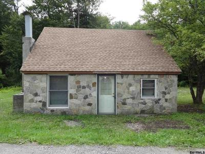 Greenfield, Corinth, Corinth Tov Single Family Home For Sale: 16 Combs Rdwy