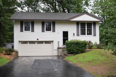 Saratoga Springs NY Single Family Home For Sale: $229,900