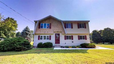 Kinderhook Tov NY Single Family Home For Sale: $229,000