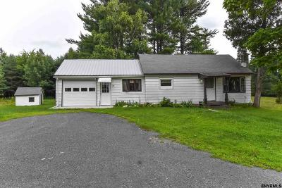 East Greenbush Single Family Home For Sale: 151 Upper Mannix Rd
