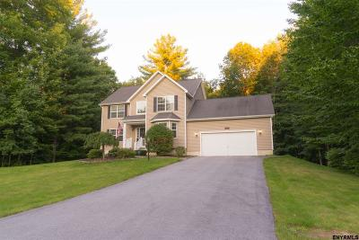 Wilton Single Family Home For Sale: 10 Dakota Dr