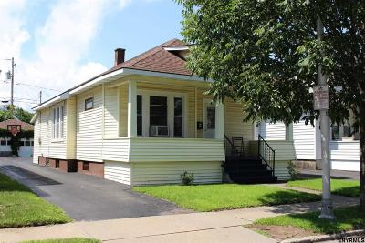 Schenectady Single Family Home For Sale: 1526 Rutgers St