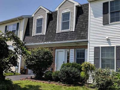 Albany, Amsterdam, Cohoes, Glens Falls, Gloversville, Hudson, Johnstown, Mechanicville, Rensselaer, Saratoga Springs, Schenectady, Troy, Watervliet Single Family Home New: 94 Bridgewood La