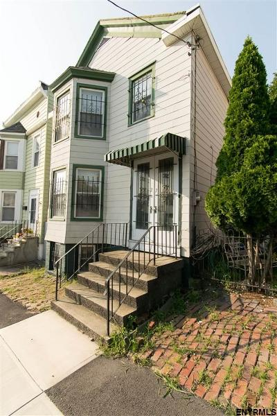 Rensselaer Single Family Home For Sale: 27 Partition St