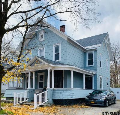 Canajoharie Single Family Home For Sale: 72 Walnut St