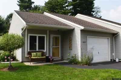Guilderland Single Family Home For Sale: 2052 Rosedale Way