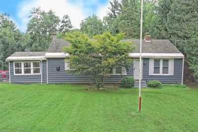 Rensselaer County Single Family Home For Sale: 22 Shufelt Rd
