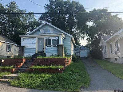 Single Family Home Back On Market: 16 Quincy St