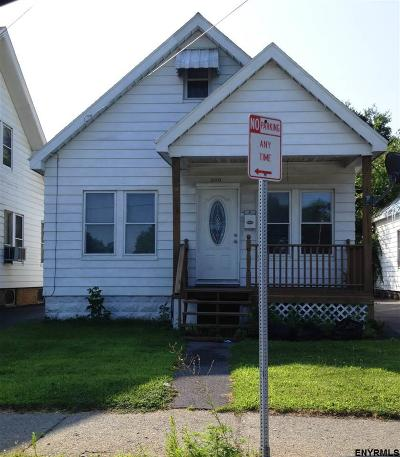 Schenectady Single Family Home For Sale: 310 Michigan Av