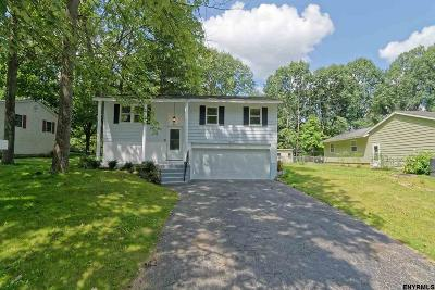 Saratoga Springs Single Family Home New: 20 Wampum Dr