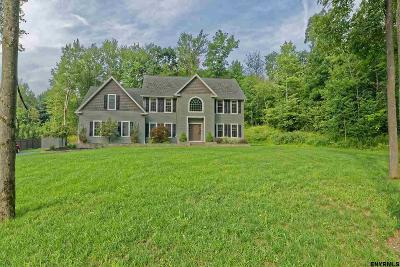 North Greenbush Single Family Home New: 284 West Sand Lake Rd