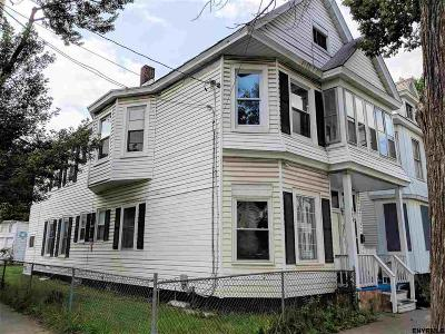 Schenectady Multi Family Home New: 706 Windsor Ter