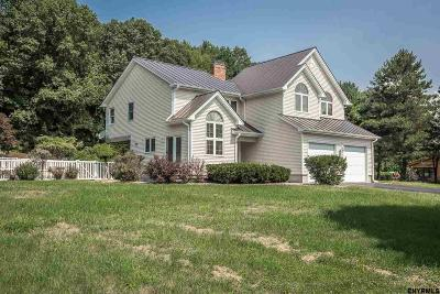 Northampton Tov, Mayfield, Mayfield Tov Single Family Home For Sale: 138 Progress Heights Rd