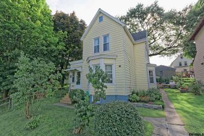 Rensselaer Single Family Home For Sale: 1322 1st St