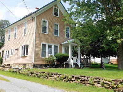 Gloversville NY Single Family Home For Sale: $70,000