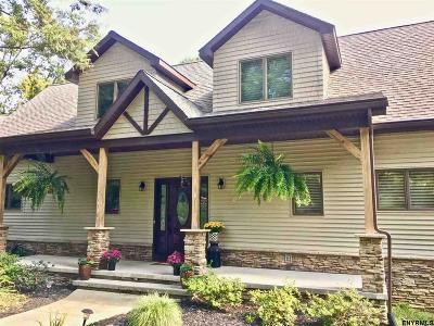 Wilton Single Family Home For Sale: 55 Corinth Mountain Rd