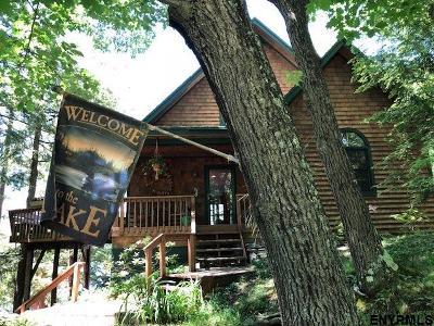 Single Family Home For Sale: 6353 NE Sunset Bay Rd