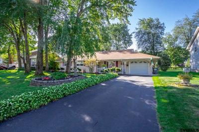Rotterdam Single Family Home For Sale: 26 Crestwood Dr
