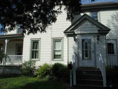 Glen Single Family Home For Sale: 94 Sanford St