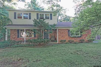 Guilderland Single Family Home For Sale: 609 Maywood Av