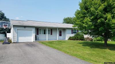 Colonie Single Family Home For Sale: 3 Hay Path