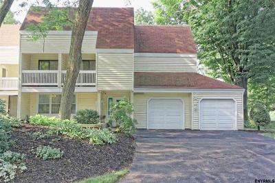 Colonie Single Family Home For Sale: 42 Loudonwood Dr East