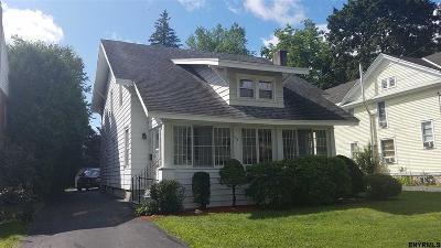 Gloversville Single Family Home For Sale: 156 First Av