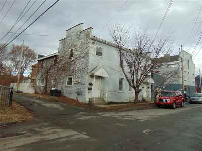 Troy Multi Family Home For Sale: 7 118th St